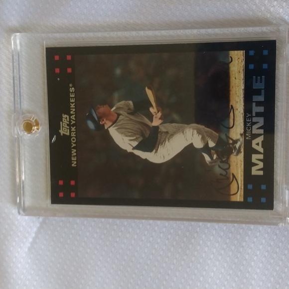 Baseball cards, Mickey Mantle #7, Barry Bonds, 1993,202,